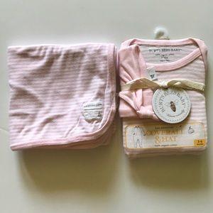 💗3/$15 Burt's bees baby coverall hat blanket set